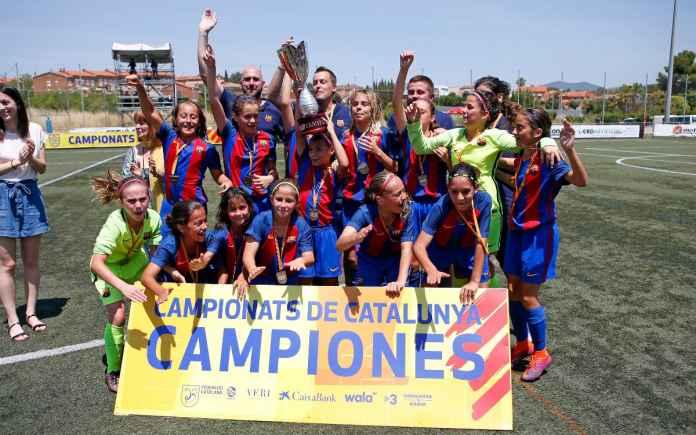 Hebat! Tim Putri Barcelona Kalahkan Lawannya di Liga Pria